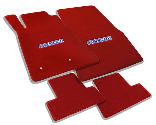877012-4-piece-on-red-angled