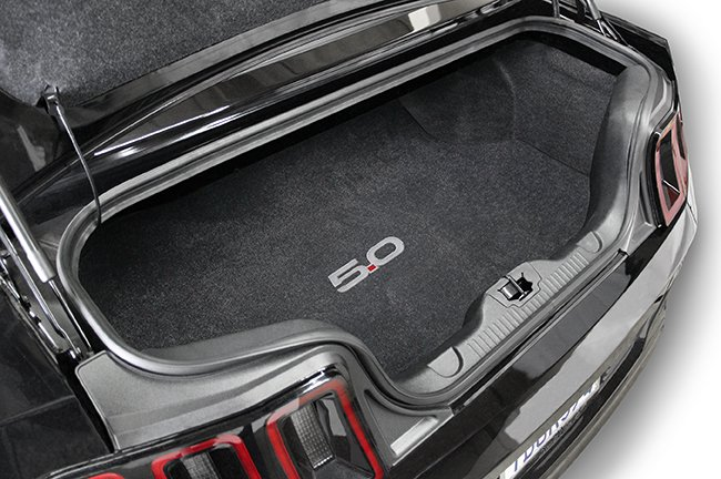mustang-trunk-with-5-0