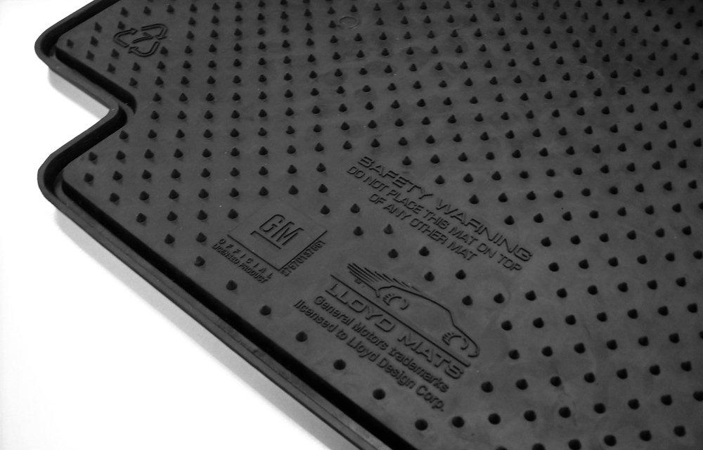 corvette logo rubber floor mats